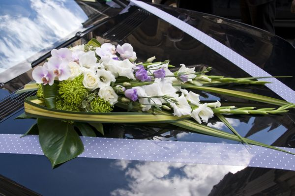 1000 images about voiture mariage on pinterest wedding nature and florence - Decoration Capot Voiture Mariage