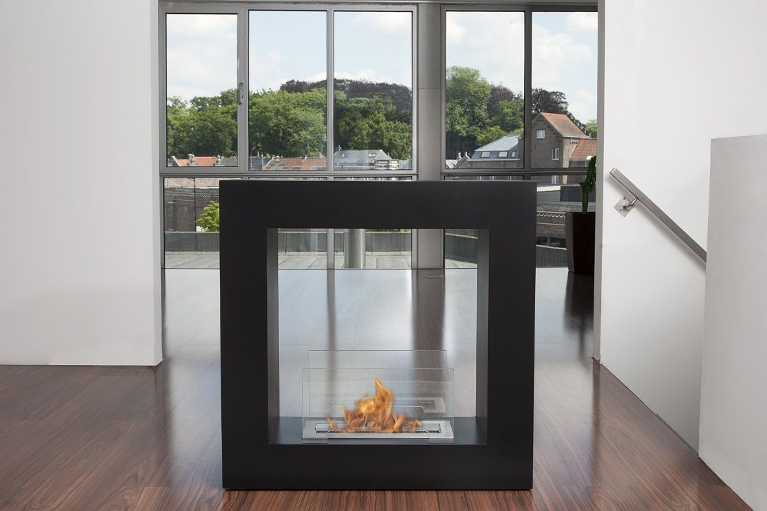 Brasero À L Éthanol the qube, from bio-blaze®, is a very elegant and esthetic