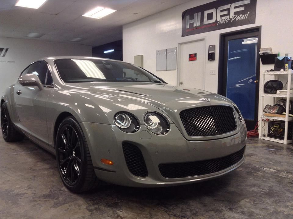 Bently SuperSports Car Edition Gets an Early Christmas