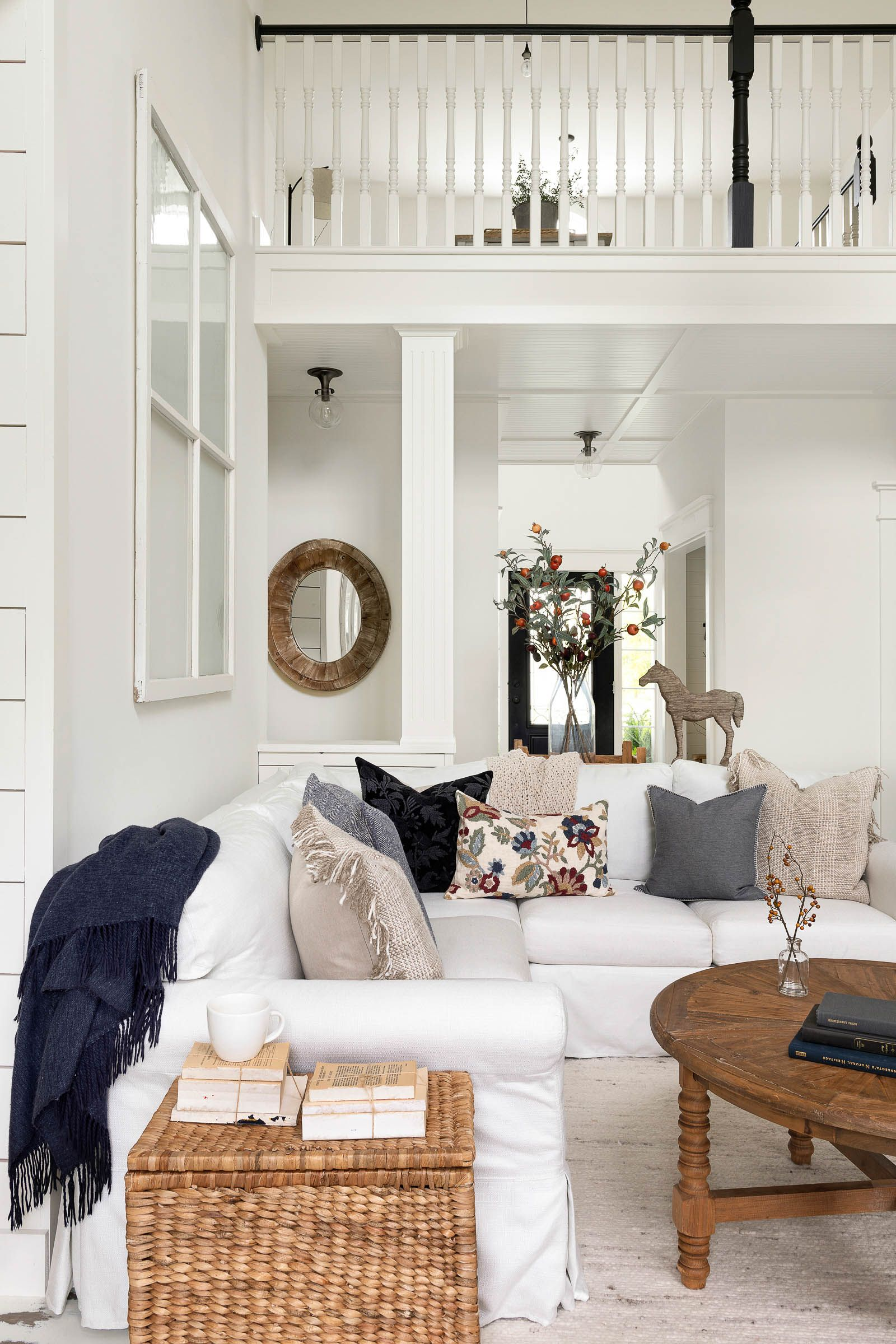 Fall Decorating Tips for your Home | Beautiful Chaos Interior Design #falldecorideasfortheporch