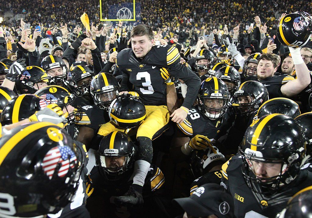 Chaos hits college football as 3 potential playoff teams