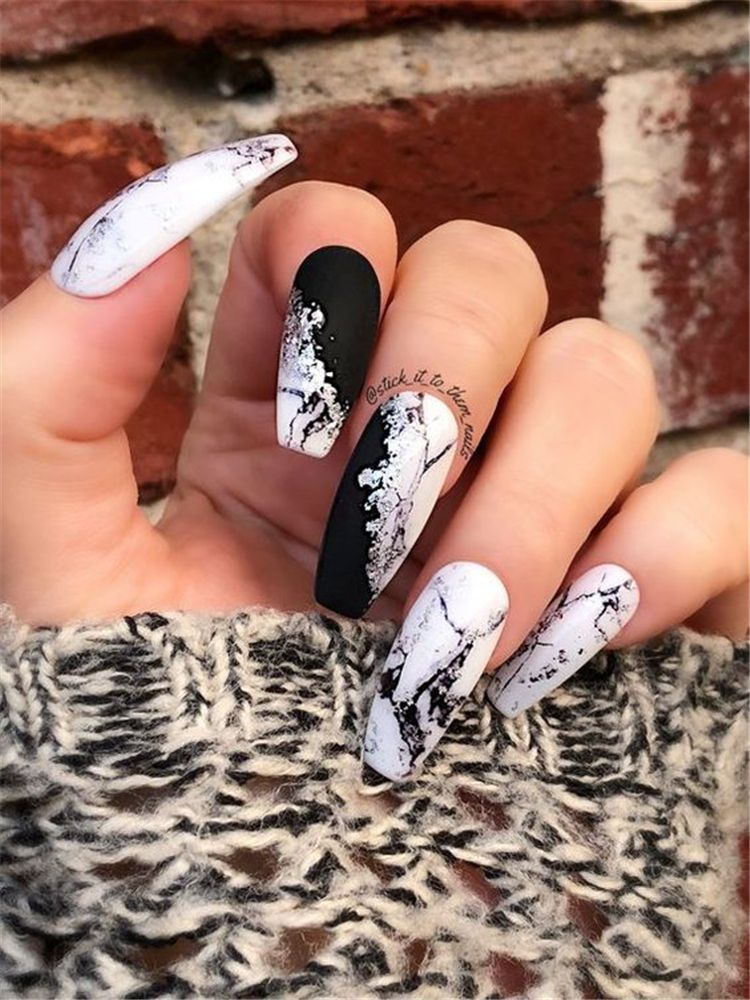 20+ Long Coffin Nails Shapes With A Marble Effect