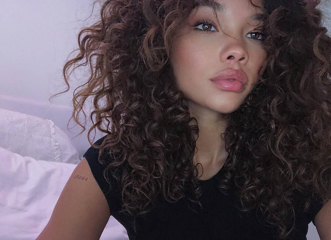 Ashley Moore On Instagram Only Think About You When I M Alone Curly Hair White Girl Curly Hair Styles Skater Girl Hairstyles