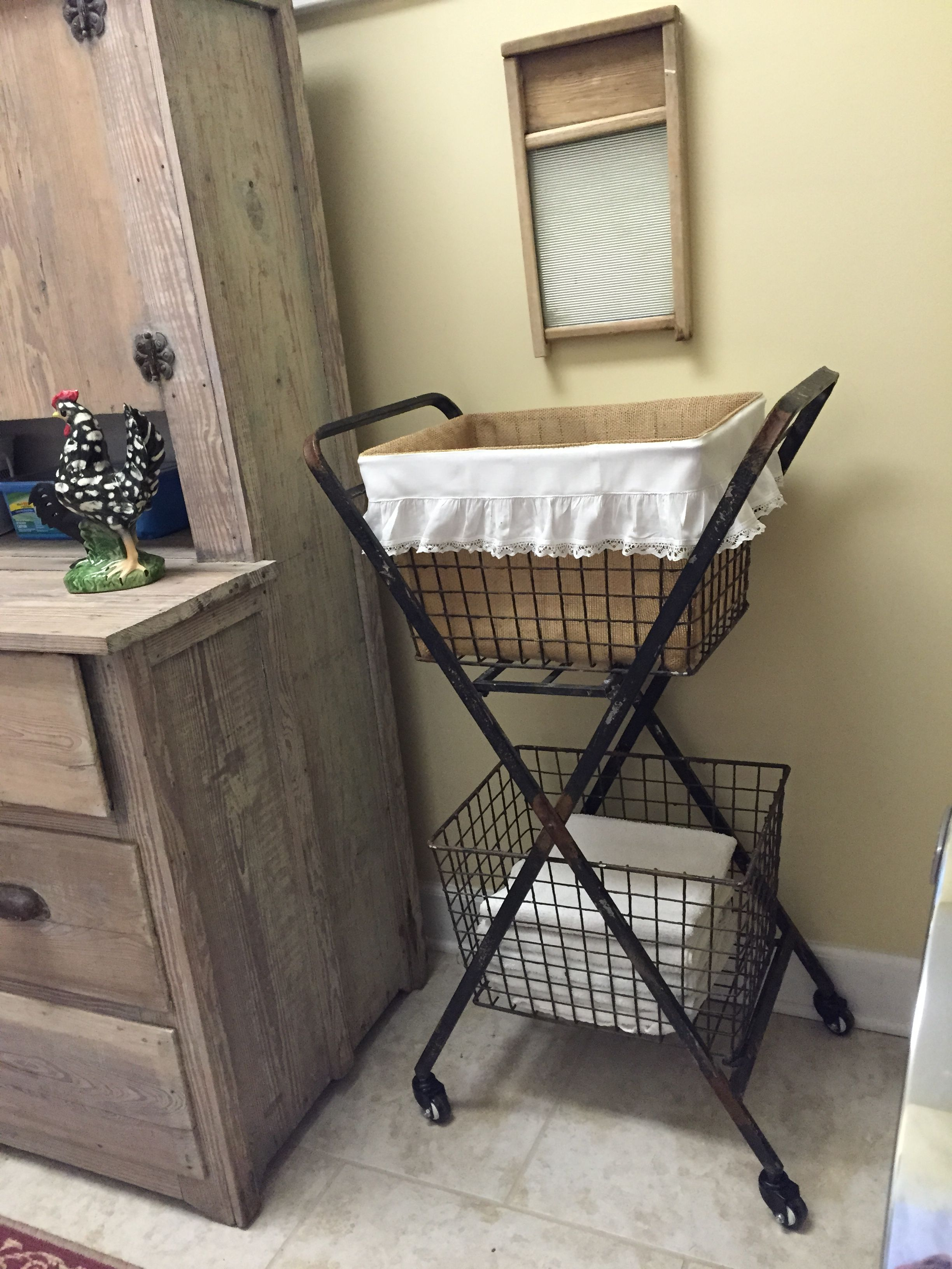 Vintage style basket cart perfect for my laundry