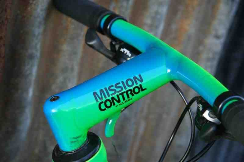 Mission Control Bar Stem Combo Why Does No One Make Stuff Like This Anymore Vintage Mountain Bike Pretty Bike Retro Bike