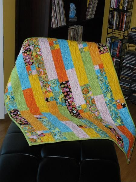 Looking for quilting project inspiration? Check out lilly's quilt by member damwench. - via @Craftsy