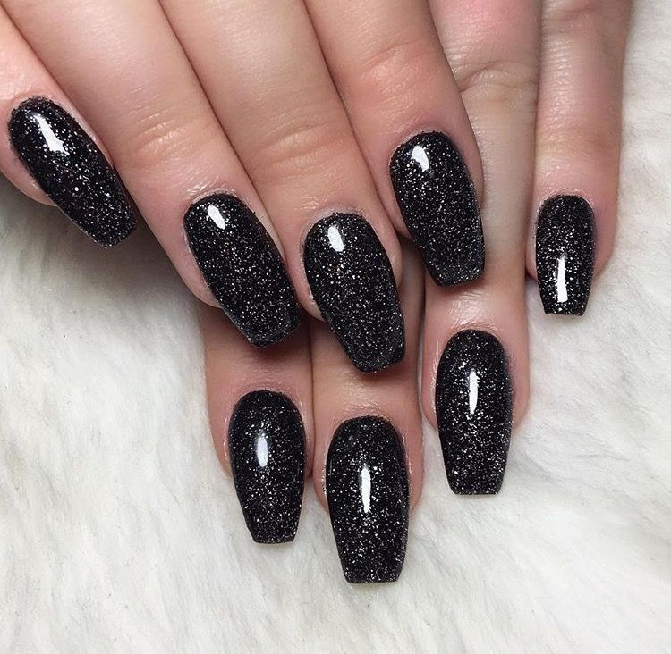 37 Black Glitter Nails Designs That You Can Make In 2020 Black Nails With Glitter Black Gel Nails Black Nail Designs