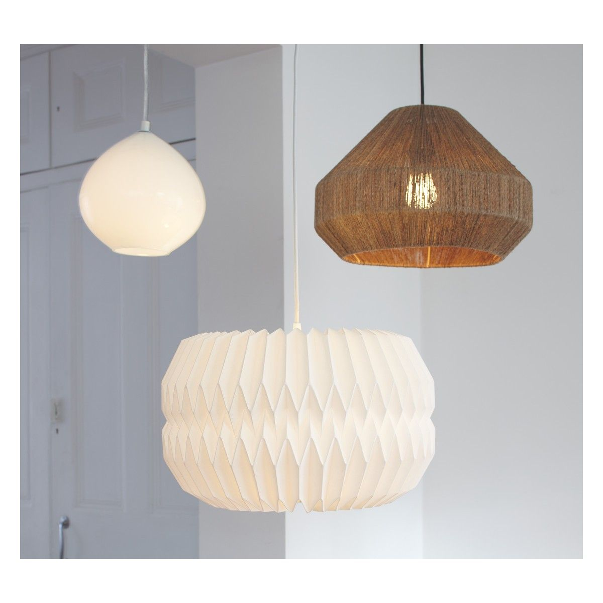 KURA Large white lampshade