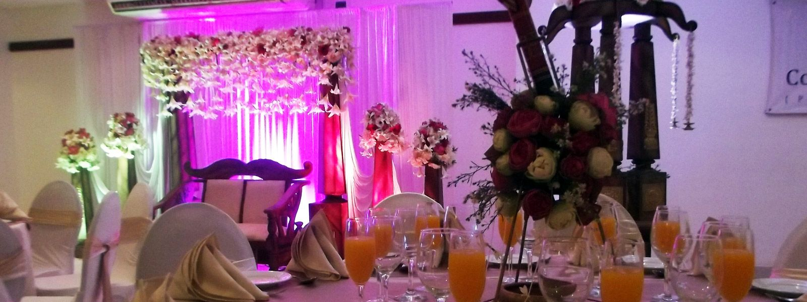 wedding reception venues cost%0A Weddings and Banquets  Monnara u     Banquet   Our Banquet   conference hall can  accommodate