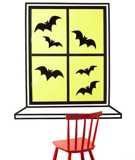DIY Halloween Window Decorations That Are So Easy, It's