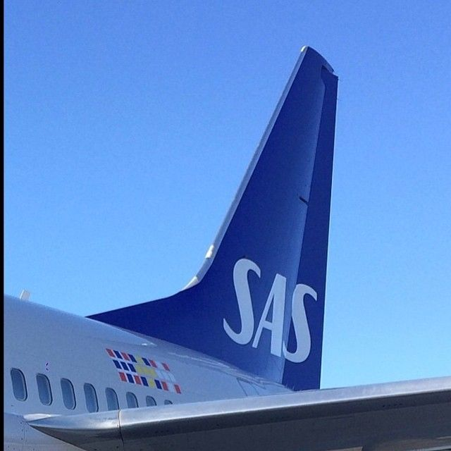 1 000 000 Tickets On Sale But Don T Forget That We Always Have Very Attractive Youth Fares Scandinavian Airlines System Sas Aviation History