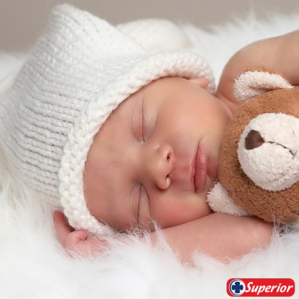 #TipSuperior  Por tu salud, duérmete temprano. Dormir 8 horas es lo ideal, pero las horas previas a la media noche son las más reparadoras.