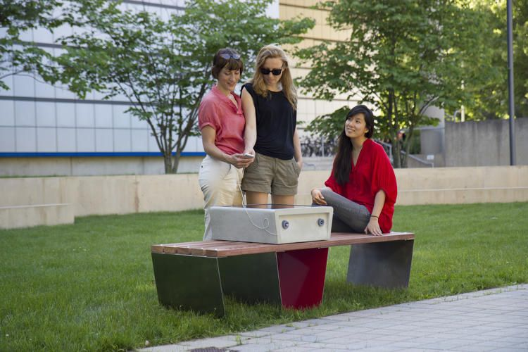 Boston Is Getting Solar Powered Park Benches That Charge Your Devices Solar Power Solar Panels For Home Solar