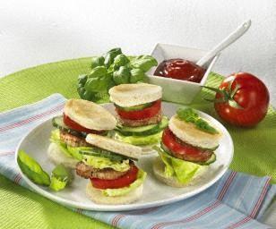 mini burger mit schweinefilet rezept burgers minis and mini burgers. Black Bedroom Furniture Sets. Home Design Ideas