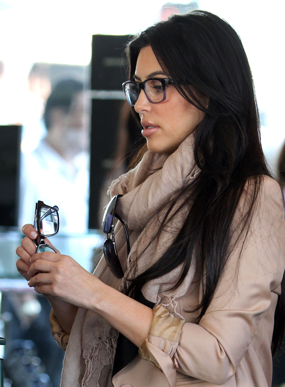 205fd2cc20c8 Kim Kardashian | Celebrities Wearing Glasses | Kim kardashian ...