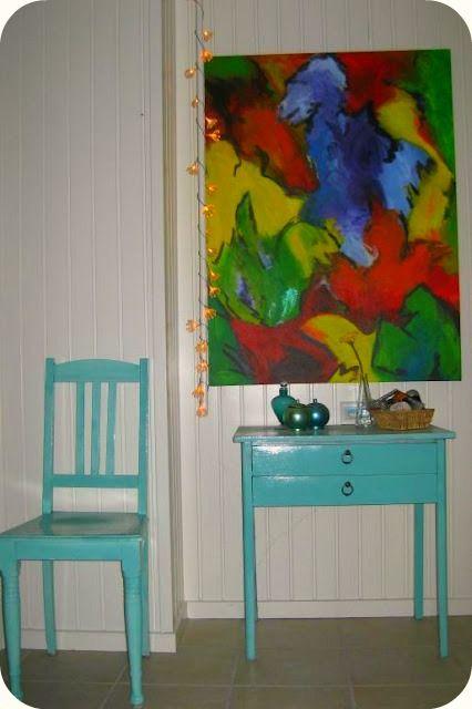 Male møbler med belton lackspray, må gøres med reol.