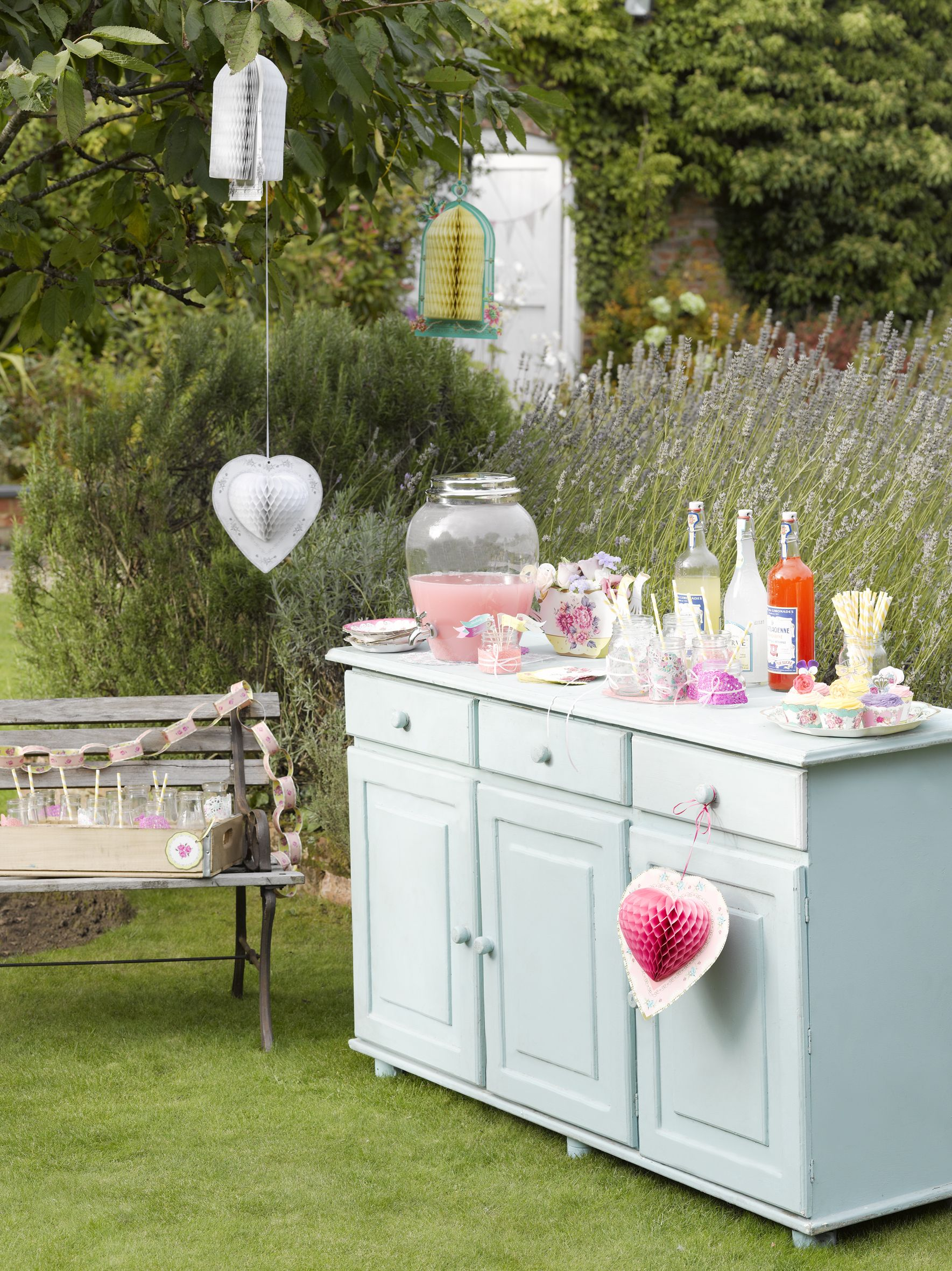 an original pretty and vintage twist on the sweet treat station at