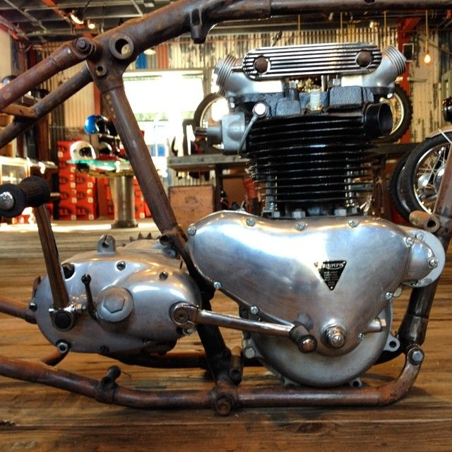 Awesome 1953 Triumph Thunderbird Rebuilt Motor And Trans For Sale. Frame And Girder  Front End Also For Sale #montgomerymotorcycleco #triumph #preunit  #thunderbird # ...