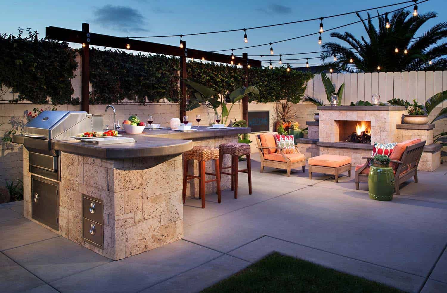 38 Absolutely Fantastic Outdoor Kitchen Ideas For Dining Al Fresco 1 Kindesign Inspiring Creativity And Spreading Fresh Ideas Across The Globe Outdoor Kitchen Plans Cozy Backyard Backyard Kitchen