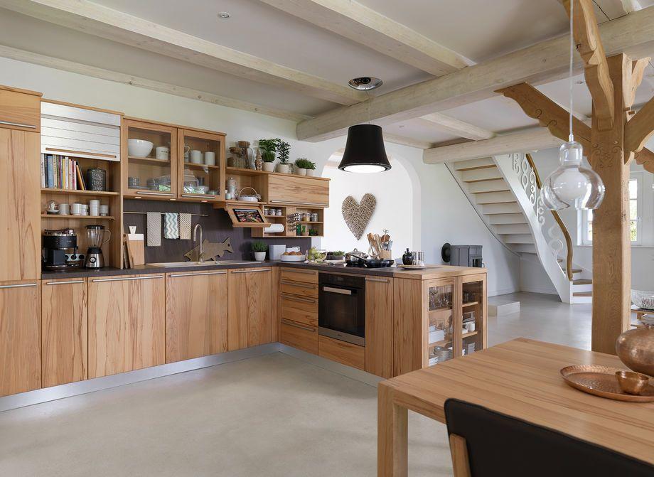 rondo kitchen with open shelves and cornices DPTO-COCINA