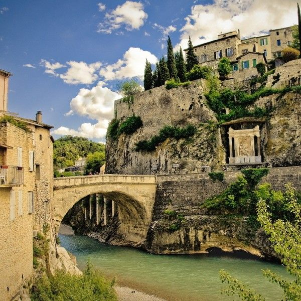 Vaison la romaine les plus beaux coins de france provence france pinterest france - Office de tourisme vaison la romaine ...