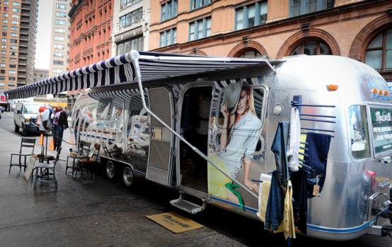 Madewell airstream trailer airstream trailer mobile pop for Onlineshop fur mobel