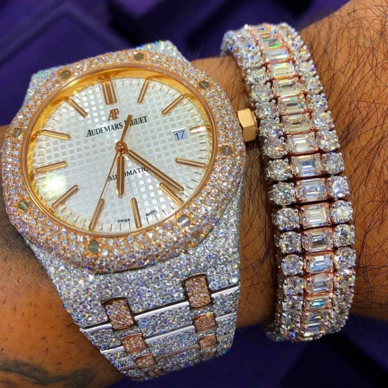 taglia 40 1c4f6 39dd0 11 Diamond Watches That Will Blow Your Eyeballs Out ...