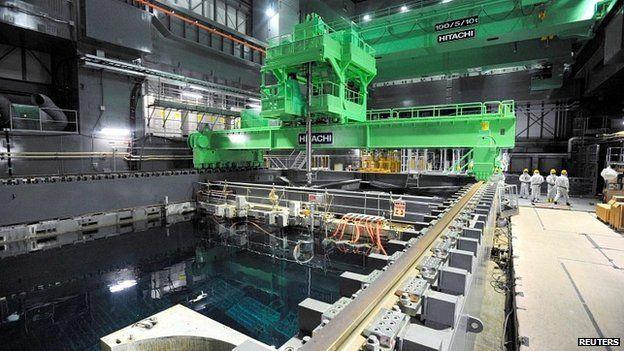 Fukushima nuclear plant set for risky operation. Earthquake fault explosion risk.