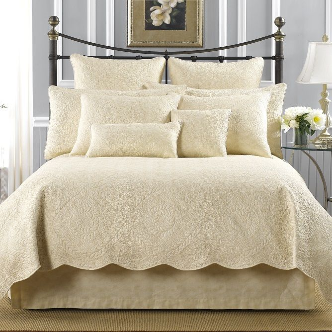 Best of Bella Quilts Throws Shams Pillows and Accessories by Donna Sharp Beautiful - Best of bed accessories Lovely