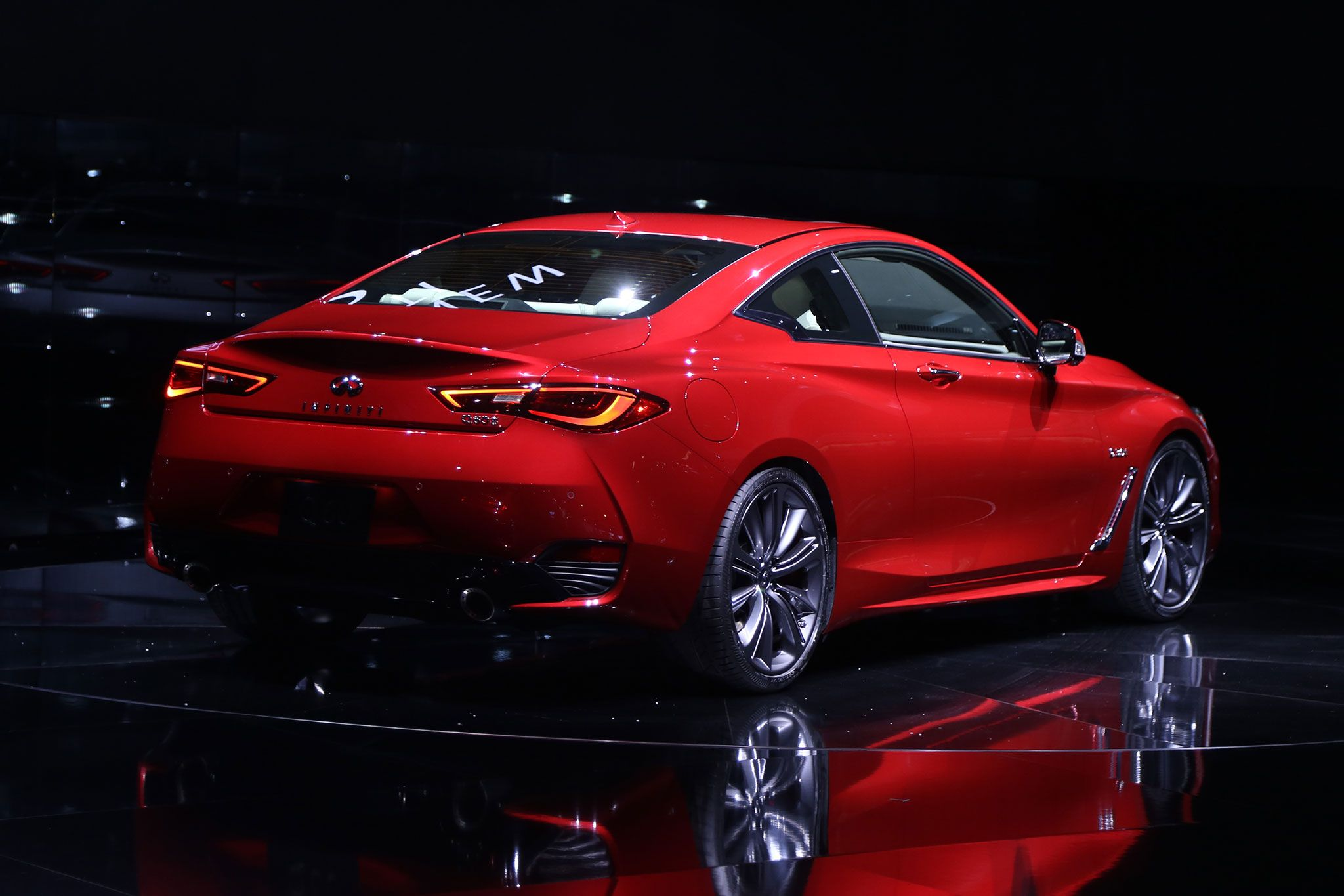 2017 Infiniti Q60 Art in Motion