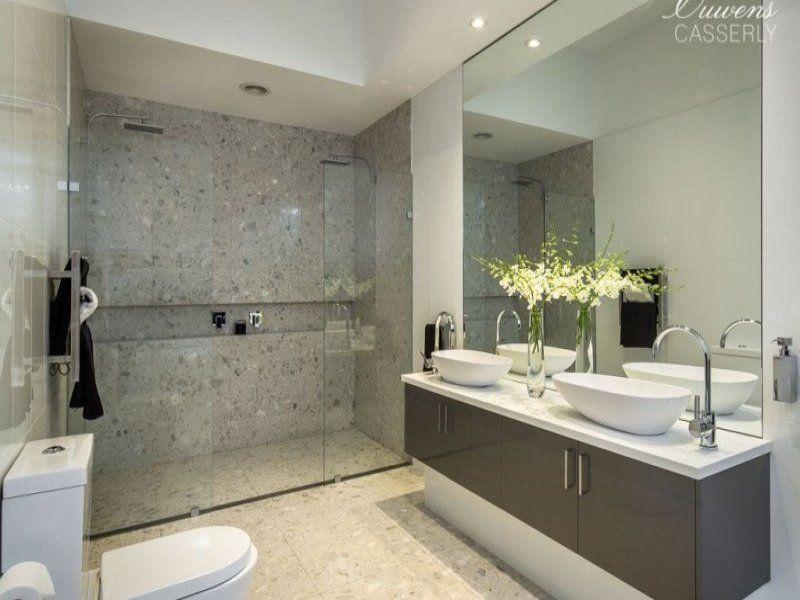 Inspirational Glass Bathroom Tile Ideas