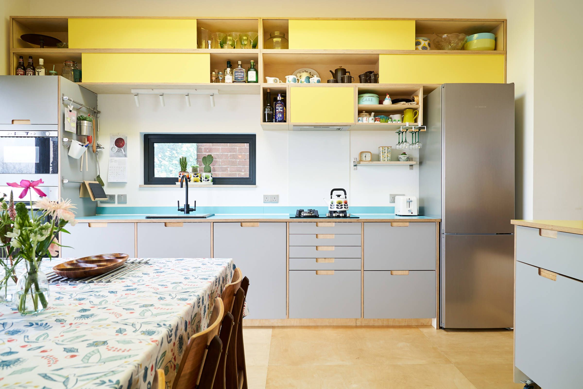 Formica kitchen with modular shelving system