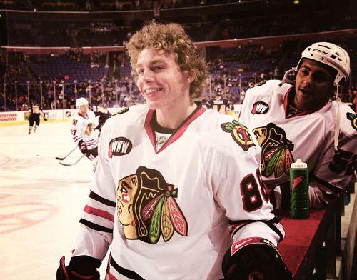 Reasons That I Love Patrick Kane That Hair Blackhawks Hockey Hockey Baby Hot Hockey Players
