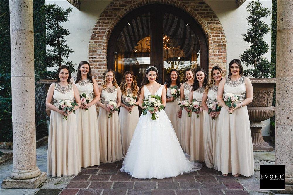 Bridal Party Wedding Party Photo Bridesmaid And Dress In 2020 Bridal Party Photography Wedding Parties Pictures Wedding Venue Houston