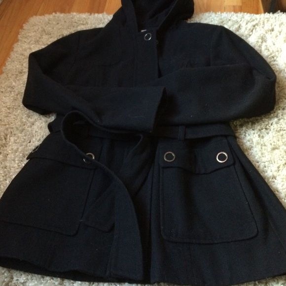 Black Wool Jacket Black Wool Dress jacket. Zips and snaps. Lines in the inside so it's super warm. Has two front pockets that snap closed and a belt for that added sassy fitted look. Needs a lint brushed from fuzz but otherwise in great condition. Comes up to below the hip. Perfect dress up or work coat Croft & Barrow Jackets & Coats