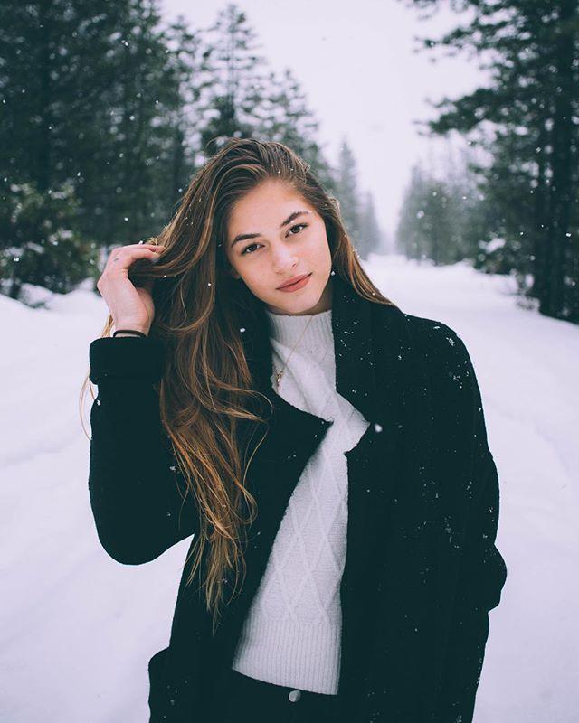Brandyusa Kennedy Coat Luna Turtleneck Sweater Zimnyaya