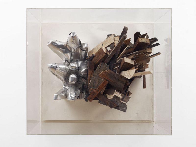 Leonardo Drew. Force materials
