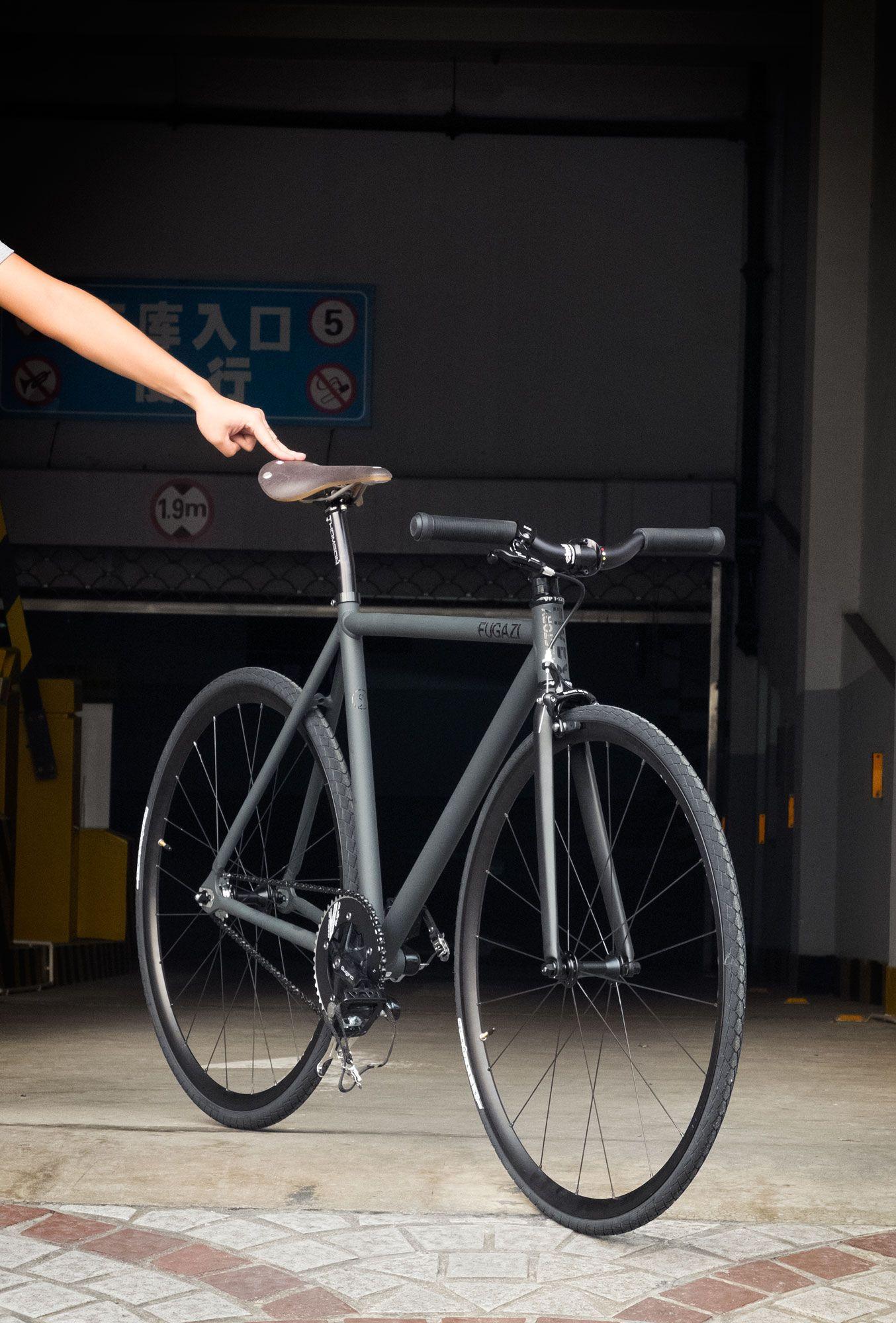 a2c2b0d68a5  factoryfive  factory5  F550  custom  matte  grey  trackbike  bicycle   shanghai  china  webuildweride  fixedgear  fixie