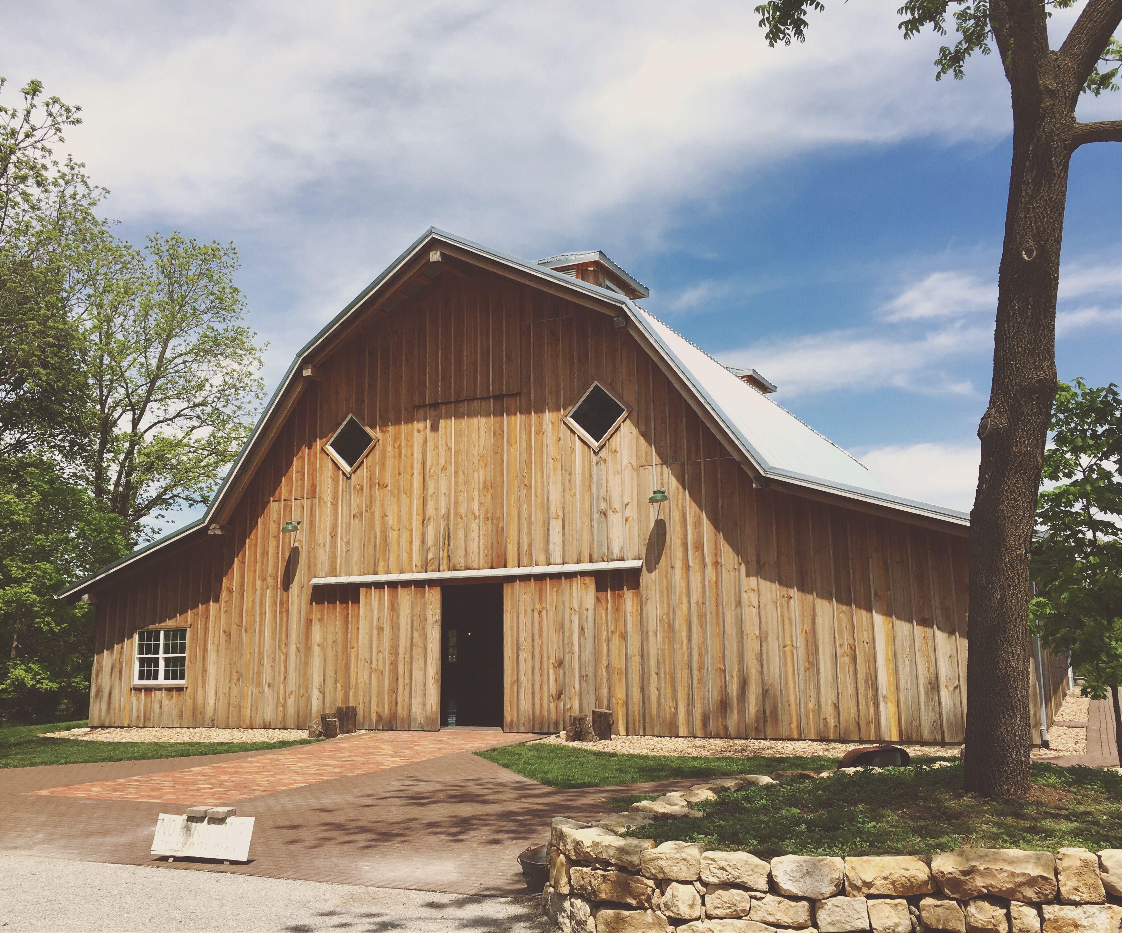 The Barn at Schwinn Produce Farm Leavenworth, KS