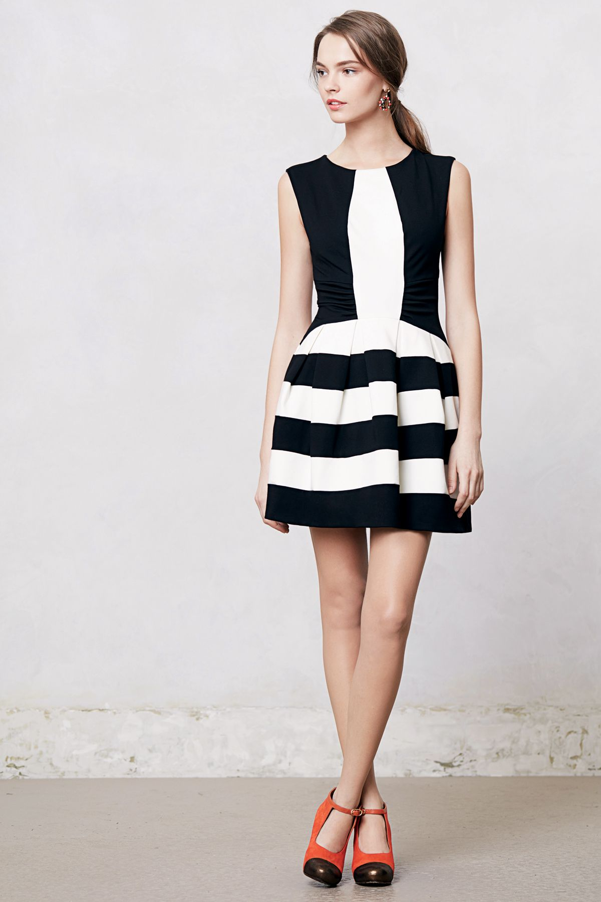 78 Best images about Black and White Dresses on Pinterest  Satin ...