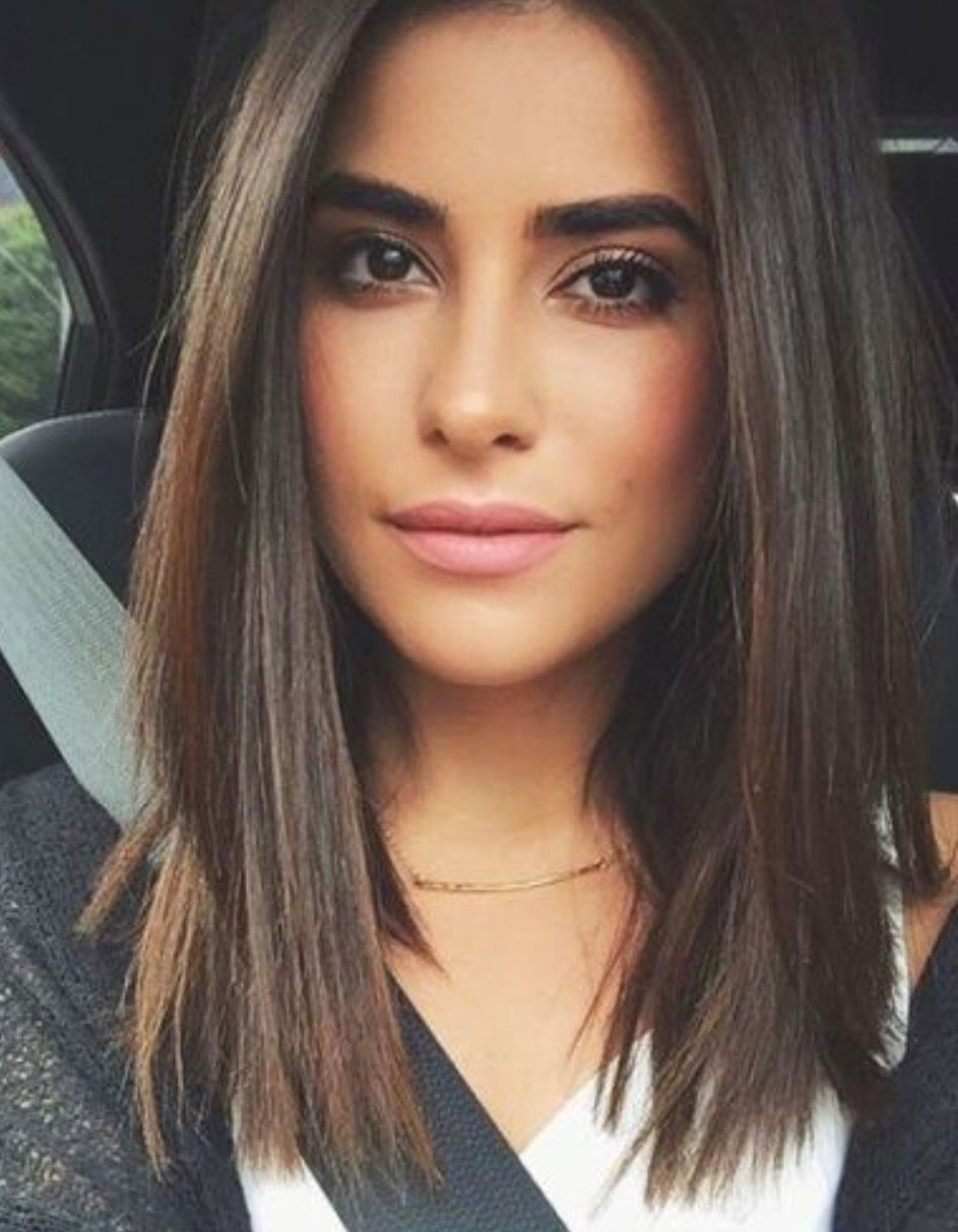 beautiful straight brown hair minimalist style with blunt