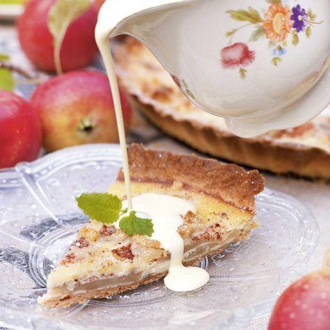 fransk äppelkaka mandelmassa