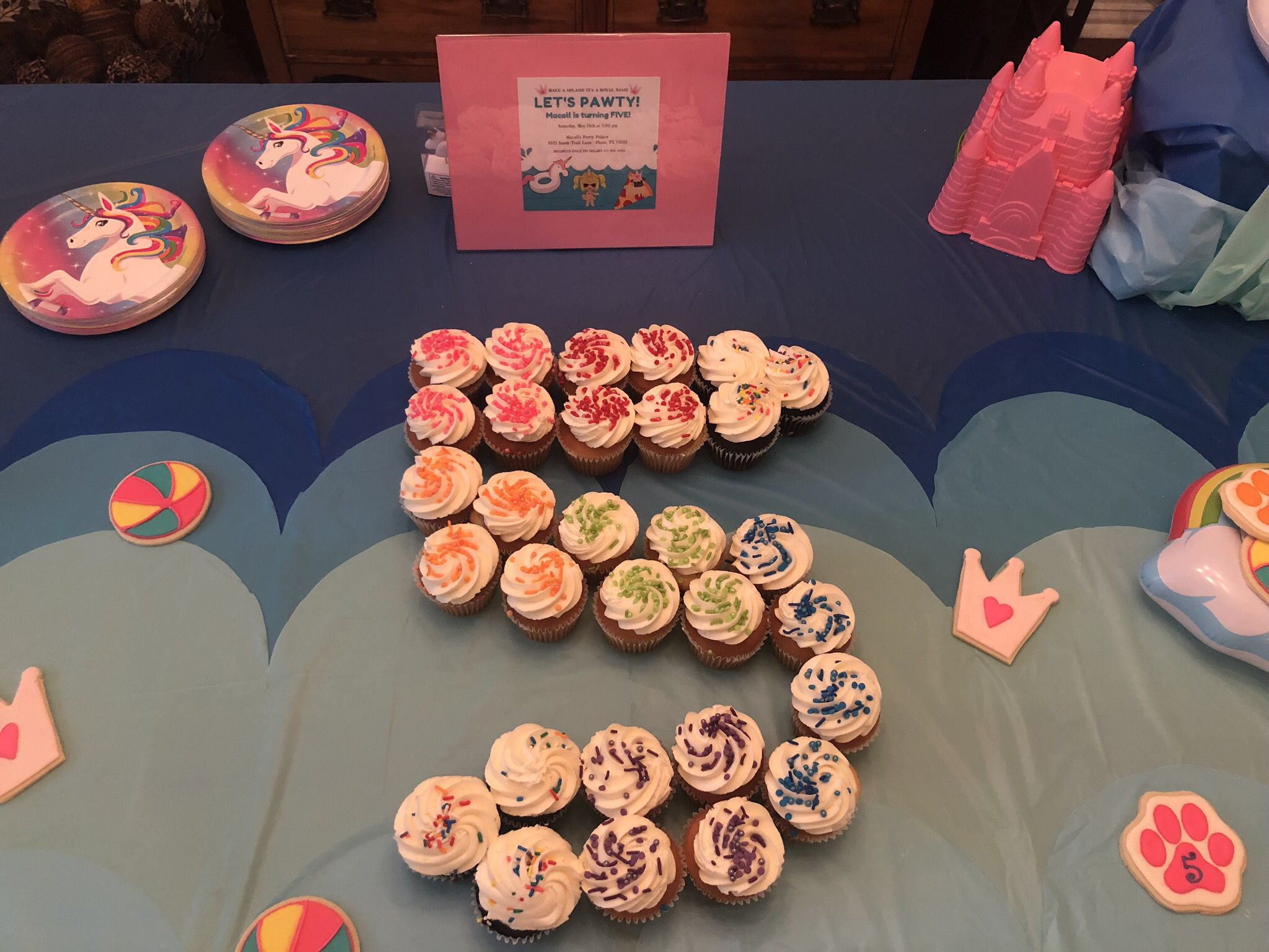 Pleasing Central Market Cupcakes Got Rainbow Ombre Sprinkle Facelift And Personalised Birthday Cards Arneslily Jamesorg