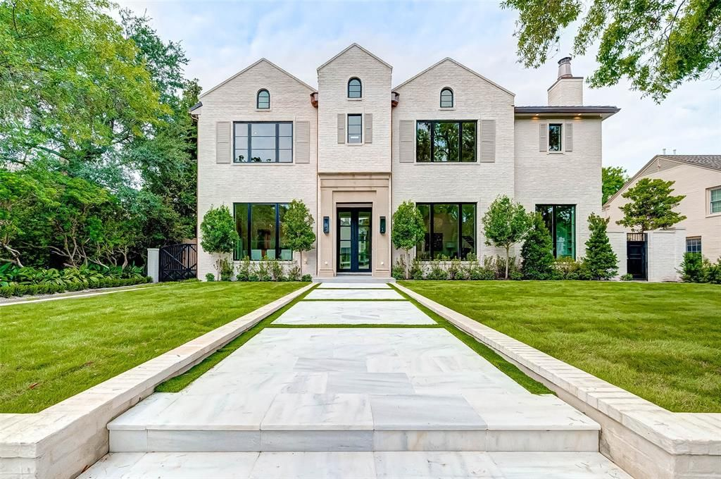 Pin By Anna On Us Property Market In 2020 Automatic Gate Kitchen Dining Combo Houston City