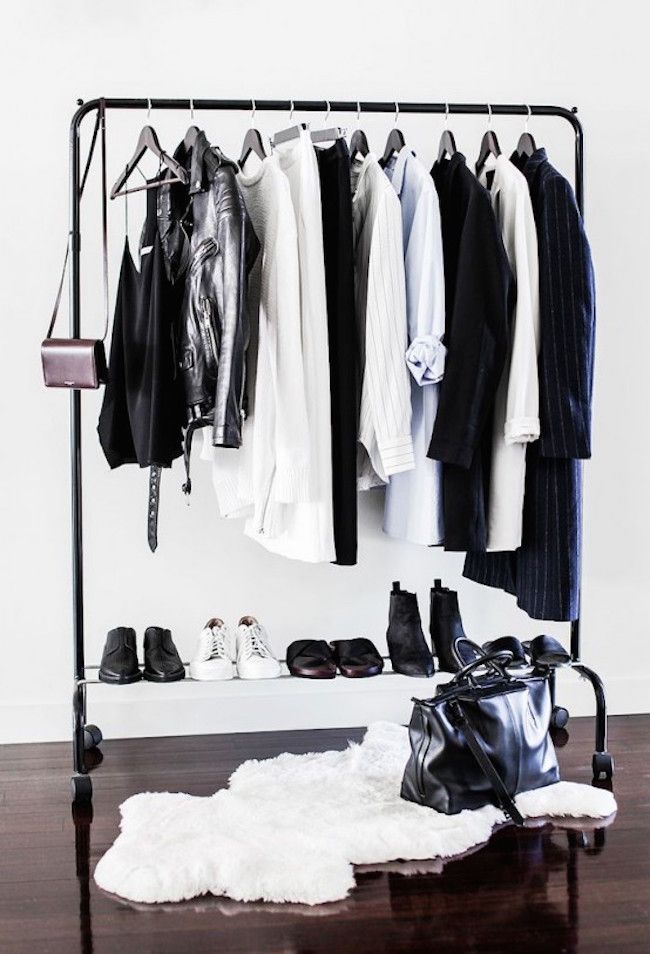 18 Open Concept Closet Spaces For Storing And Displaying Your Wardrobe  (Decoist)