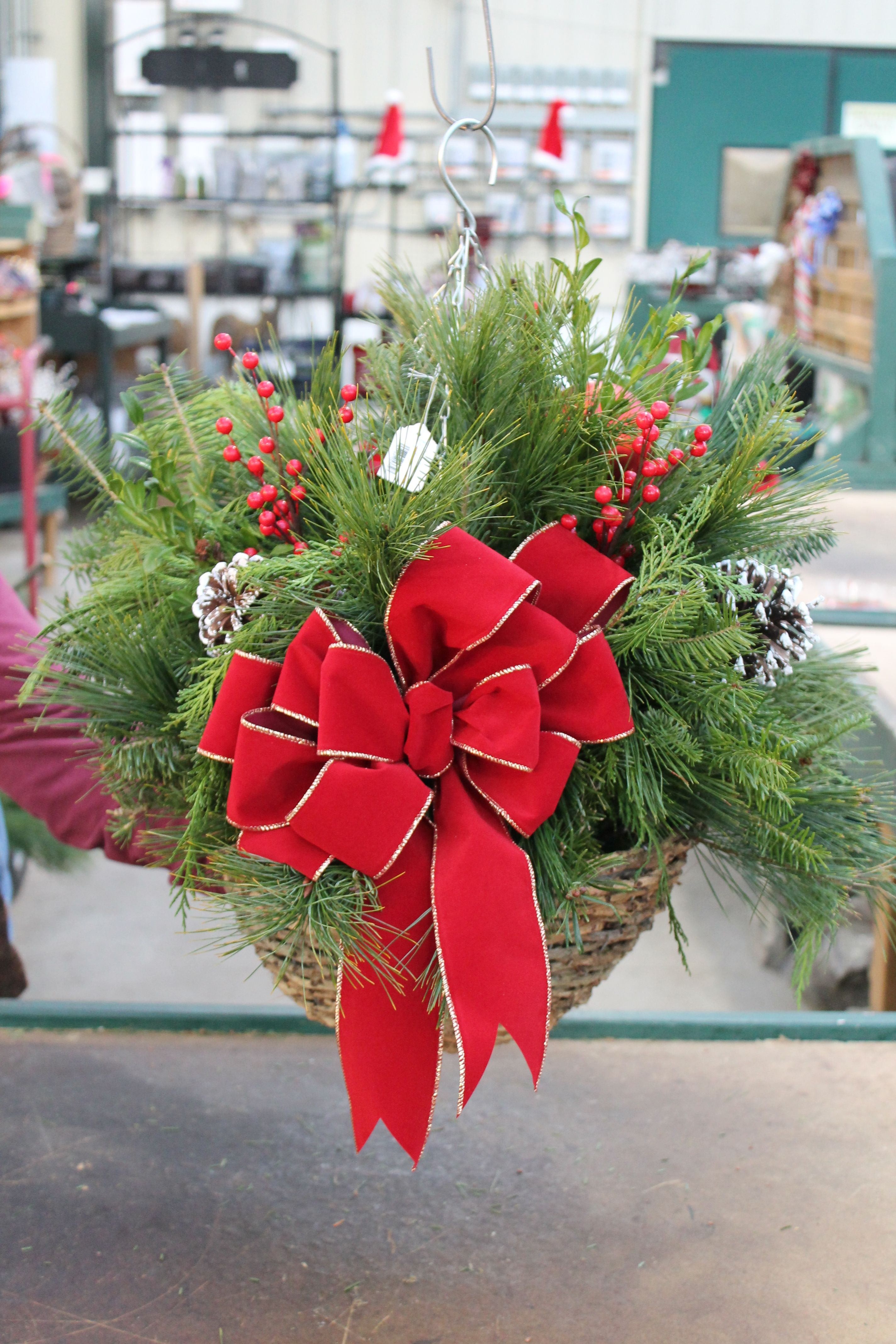 December 4th & 7th 10 am Add a festive look outdoors with a