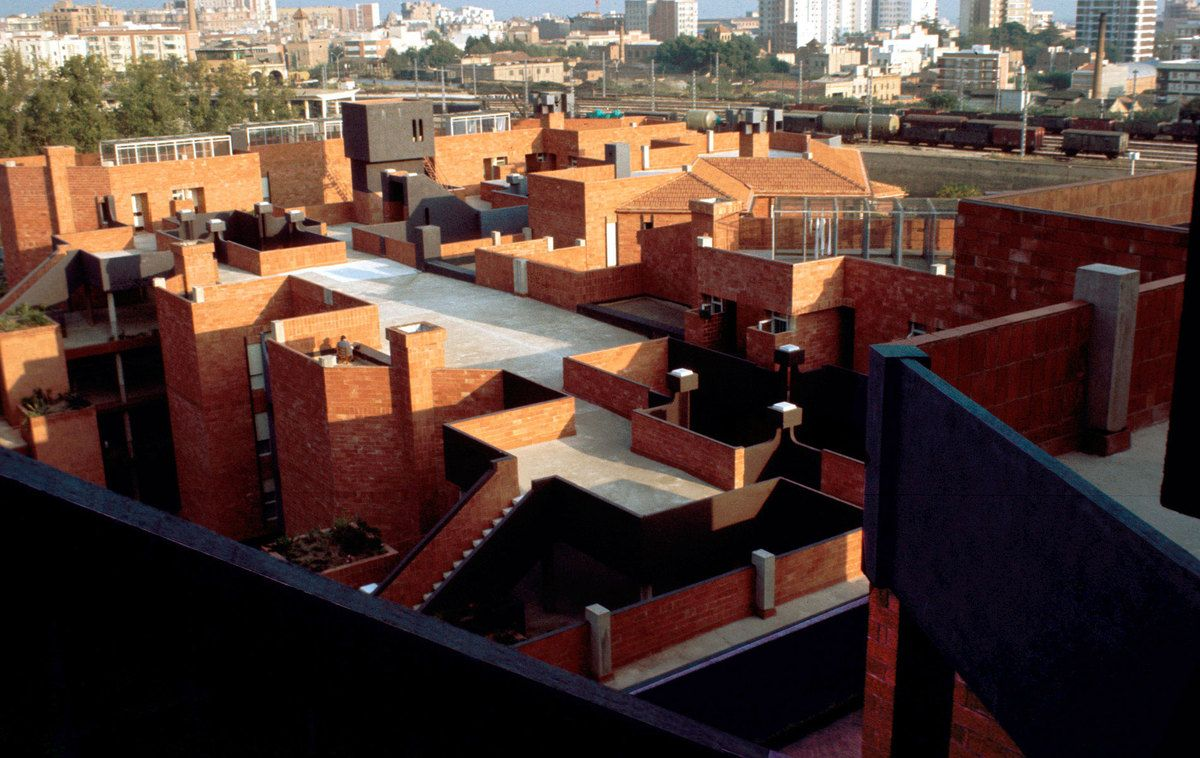 Gaudi District Ricardo Bofill Taller De Arquitectura Archinect Gaudi Brick Cladding Social Housing