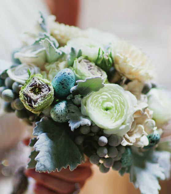 Are you a fan of complex bouquet? #wedding #bigday #love #flower