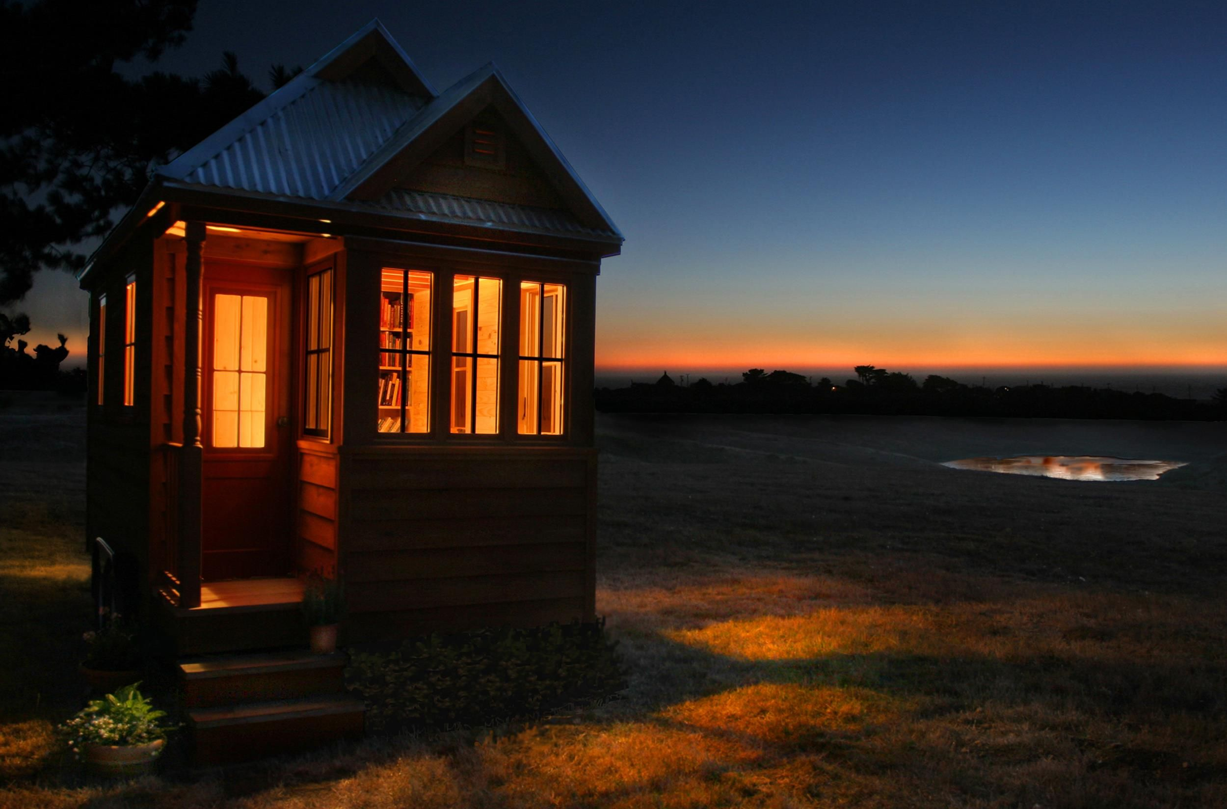 Tiny Home Architects Push The Envelope Around The World (Photo