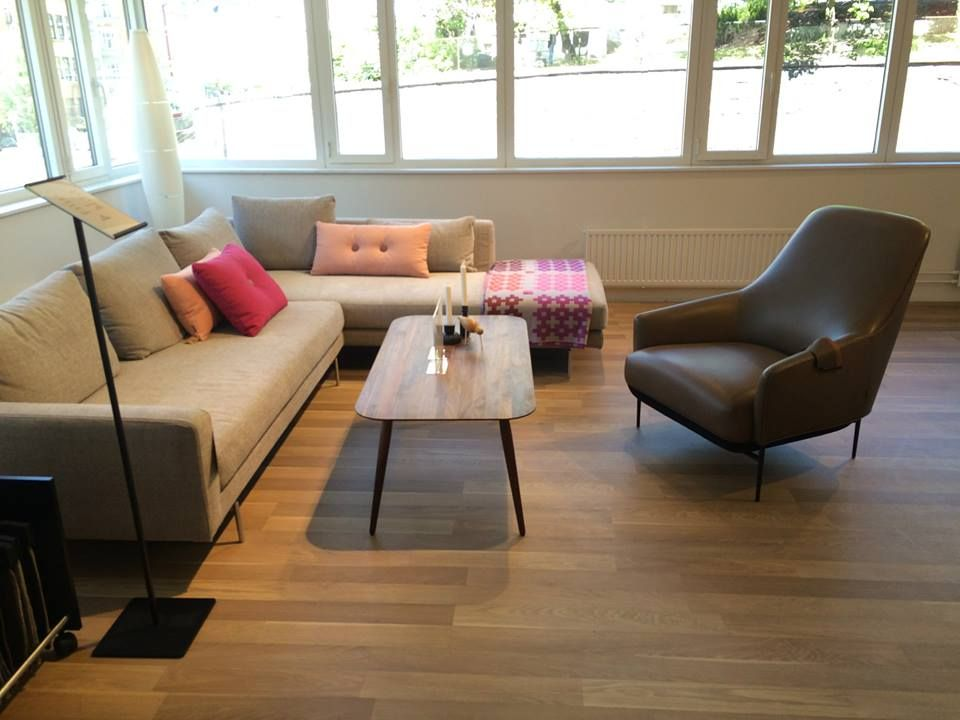 2 sofas and 2 Chairs